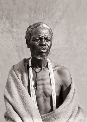A Xhosa chief's councillor. (Duggan-Cronin, 2007. Pg. 21, Plate 10)