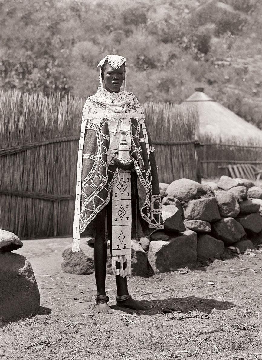Ndebele bride at Mokopane (Potgietersrust), Limpopo. (Duggan-Cronin, 2007. Pg. 19, Plate 5)